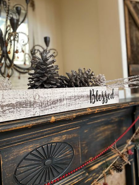 Winter fireplace decorating