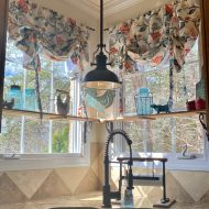 Country curtains in country french kitchen
