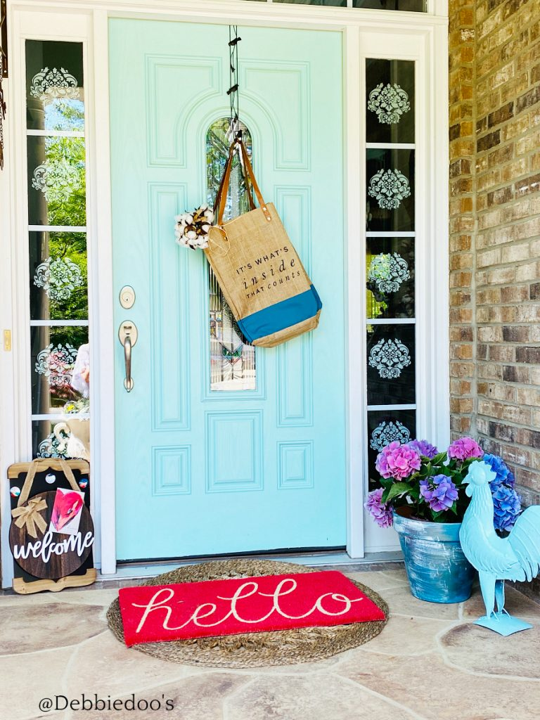 Boho welcoming front porch decorating ideas with Decocrated