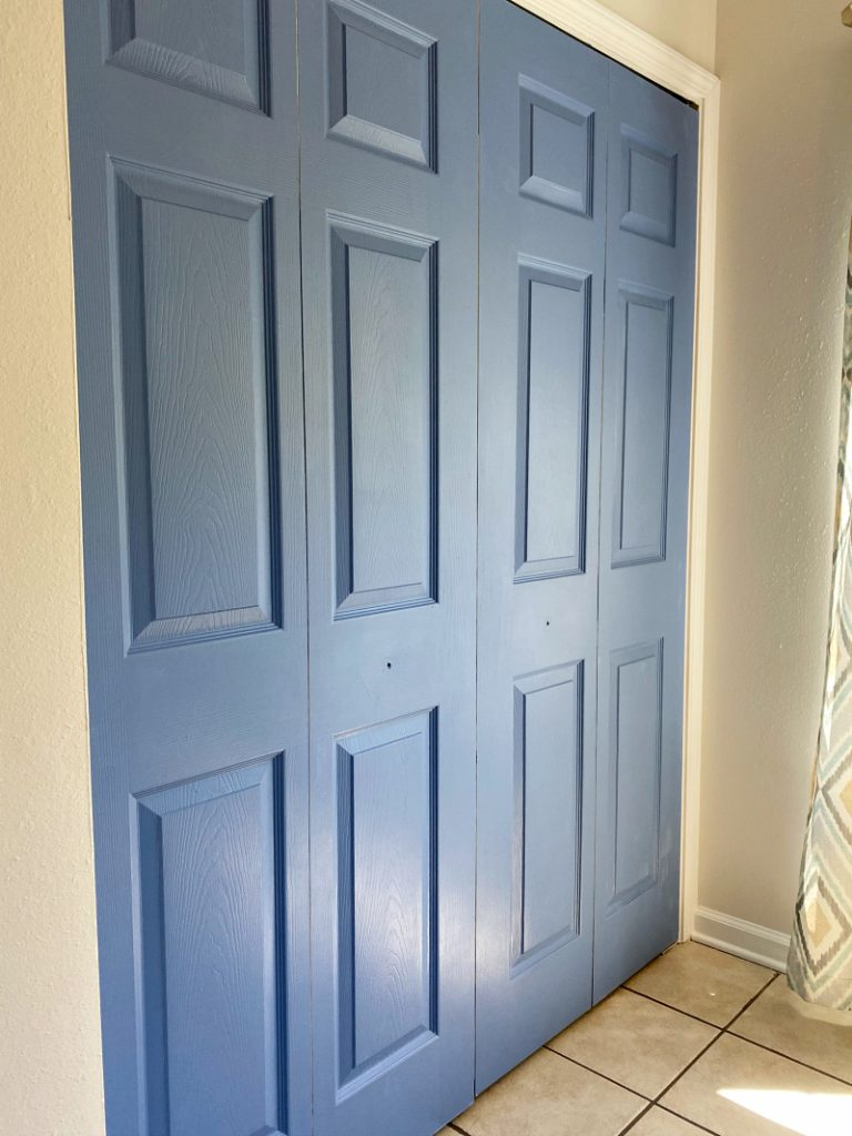 How to paint pantry laundry room bifold doors